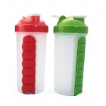 700ML Plastic Shaker Water Bottle With 7 Days Pill Box